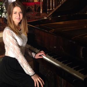 Шукаю роботу Репетитор фортепіано в місті