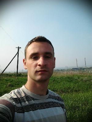 Шукаю роботу монтажник висотник мелоконструкцій на висоті в місті Миколаїв